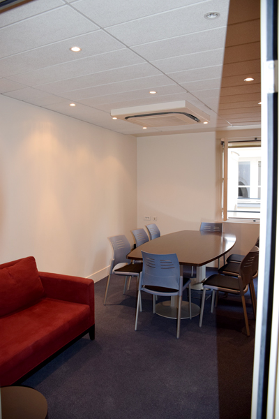 Salle de réunion et espace lounge Centre d'affaires des Avocats de Paris